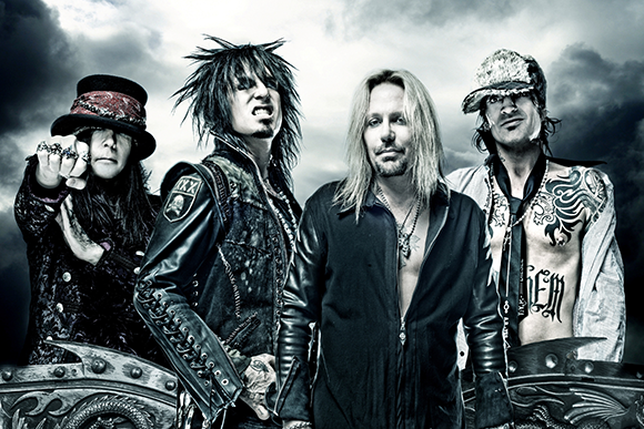 Motley Crue & Alice Cooper at First Midwest Bank Ampitheatre