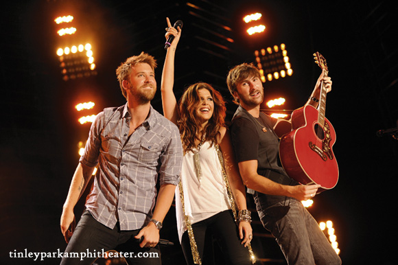 Lady Antebellum, Kelsea Ballerini & Brett Young at Hollywood Casino Ampitheatre